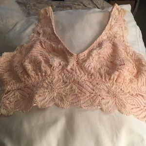 NWOT Free People nude/cream soft lacy bralette